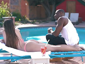 Amazing big bubble ass owner Gia Derza lures black stud for open-air making love