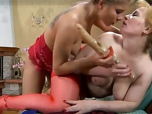 Several matured hot moms fingering and toying