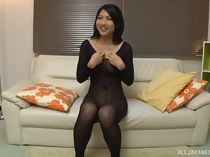 Saionji Reo gets her nylons ripped increased by her pussy abused