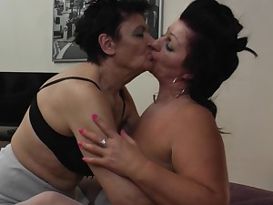 Horny mature lesbian Juliette B. in a hardcore threesome