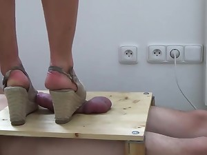 Hard Dick Full Weight Crush Under Wedges With Cumshot - CBT The fate of