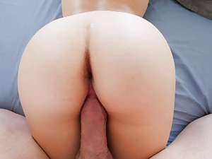 Riding blond young girl spinners perfect snatch