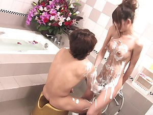 Soapy hardcore display for sweet Rakia Motizuki
