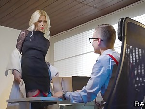 Energized MILF gets laid hither her boss which is younger than her